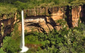 Véu-de-Noiva-cachoeira.jpg